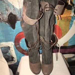 Elizabeth & James Boots 2 tie vegas boots